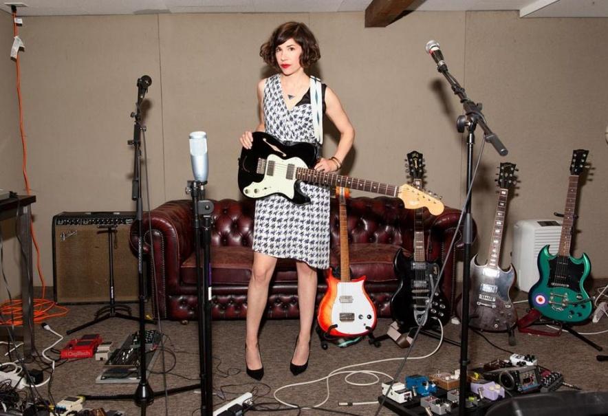carriebrownstein-guitars