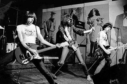 A Ramones a CBGB Klubban zúz (New York 1974)