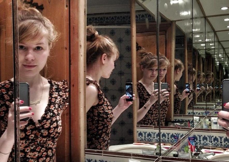 chagall-mirror