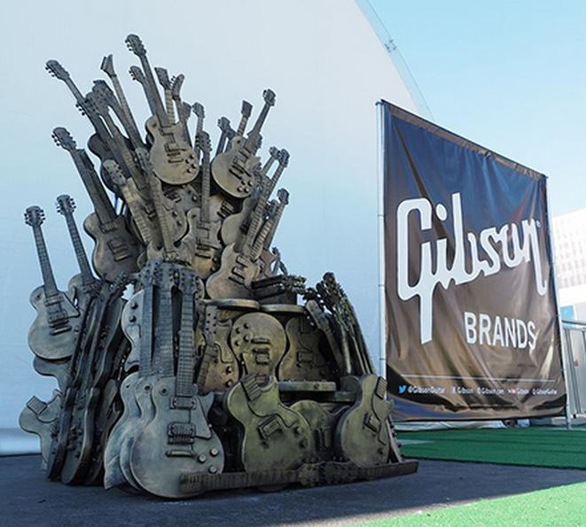 gibson-throne