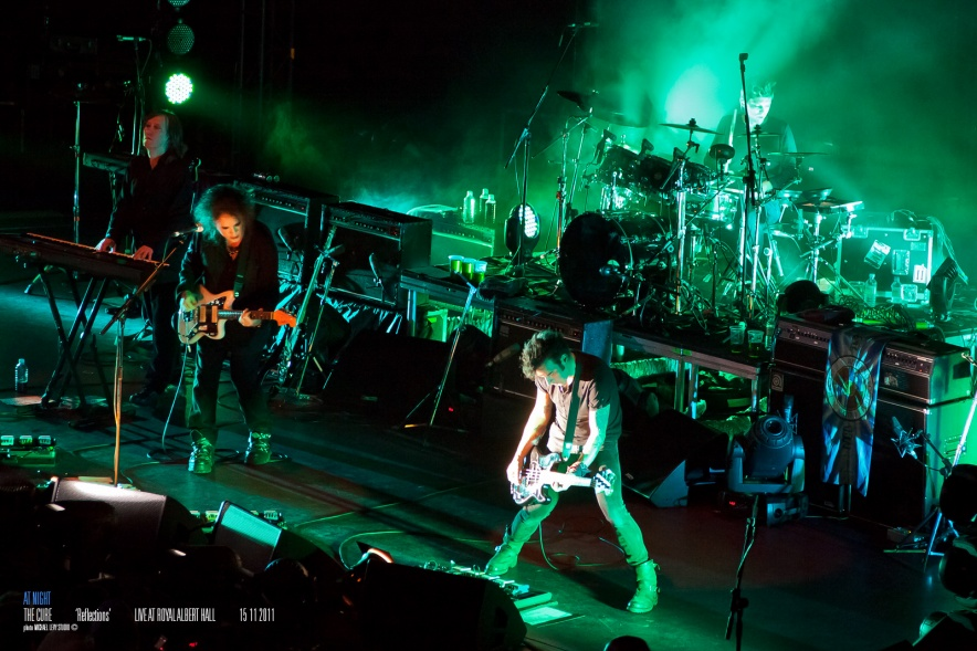 12_the_cure_royal_albert_hall_at_night
