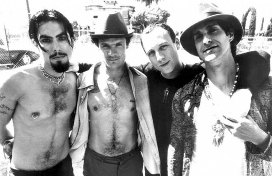 JanesAddiction97flea2