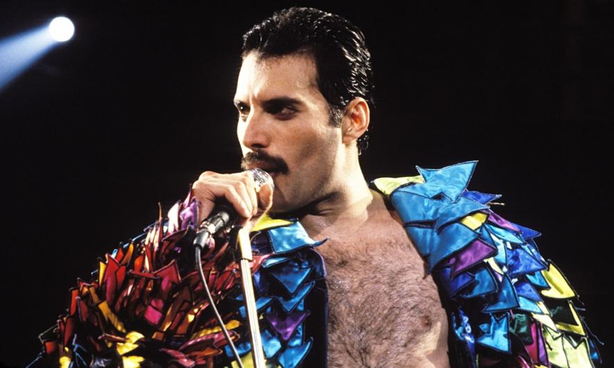 Queens-Freddie-Mercury-in-014