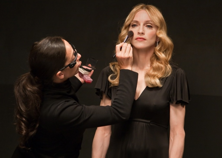 Gina-and-Madonna-backstage-2-1024x731